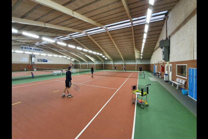 Billede til Tennisskole - køb træning